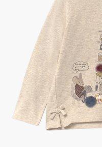 Hust & Claire - AILINE  - Langærmede T-shirts - wheat - 2