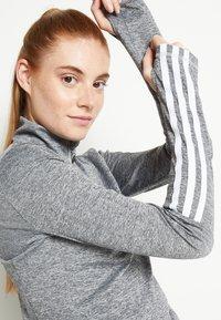 adidas Performance - Funkční triko - mottled grey - 5