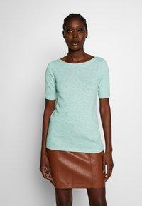 Marc O'Polo - BOAT NECK - T-shirt basic - misty spearmint - 0