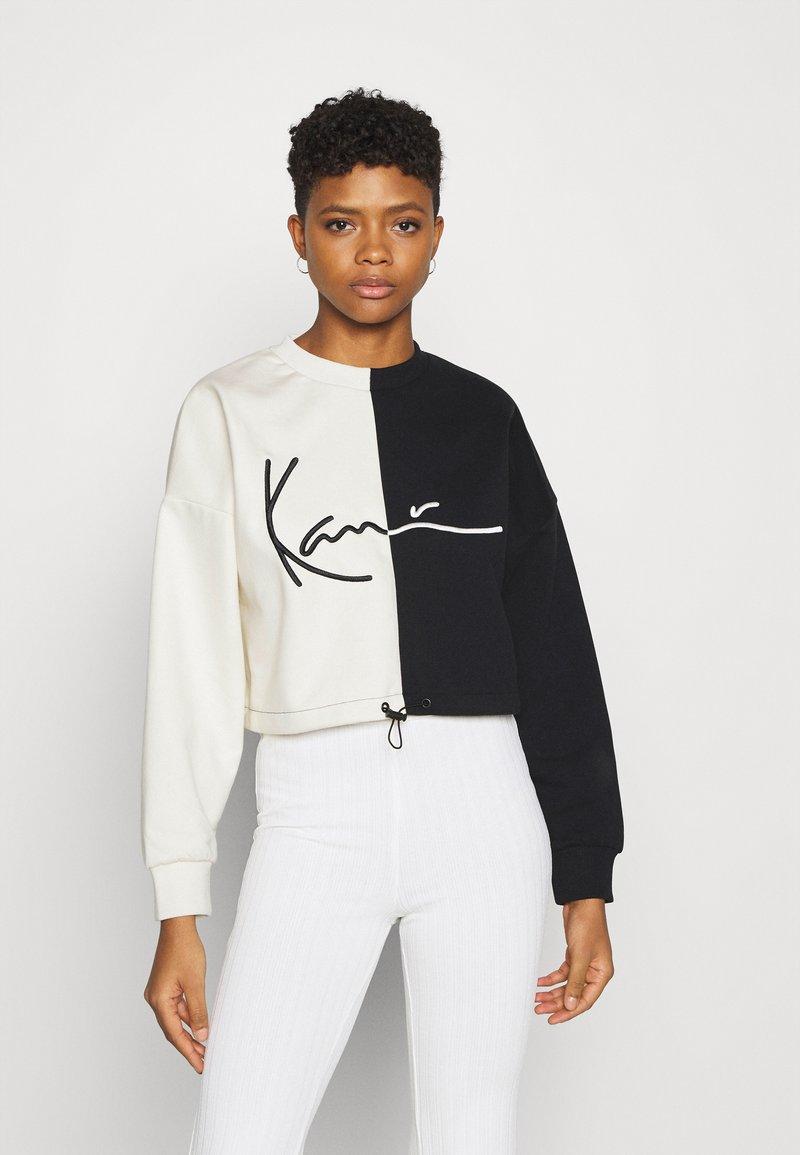 Karl Kani - SIGNATURE CROPPED BLOCK CREW - Sweatshirt - off white