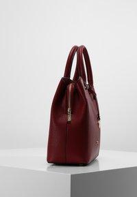 L. CREDI - MAXIMA HENKELTASCHE 28 CM - Handbag - rot - 2