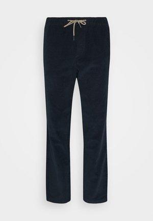 JJIVEGA JJCORDUROY - Trousers - navy blazer