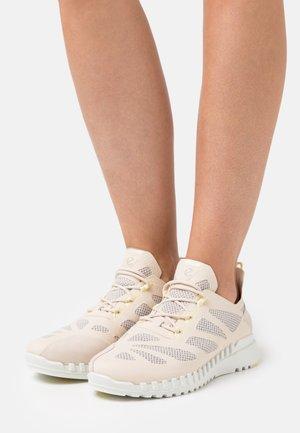 ZIPFLEX  - Sneakersy niskie - limestone