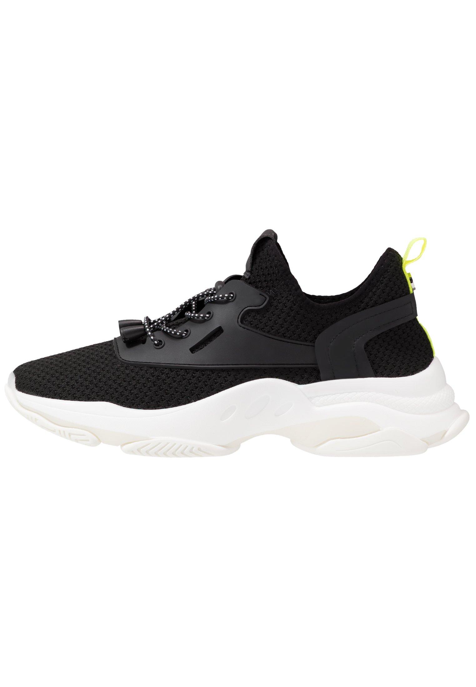 ISLES Sneakers black