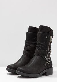 Bullboxer - Kovbojské/motorkářské boty - black - 4
