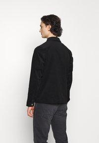 Volcom - LIKEATON JACKET - Summer jacket - black - 2