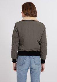 Bombers - BARCELONE - Winter jacket - khaki - 2