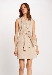 Morgan - BUTTONED SLEEVELESS WRAP  - Shirt dress - beige - 0