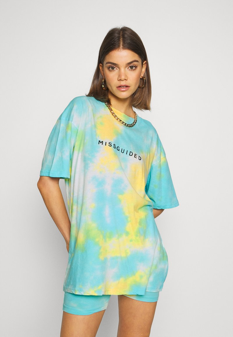 Missguided - COORD AND CYCLE TIE DYE SET - Shorts - blue
