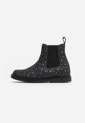 CHELYS NARROW FIT - Classic ankle boots - multicolour