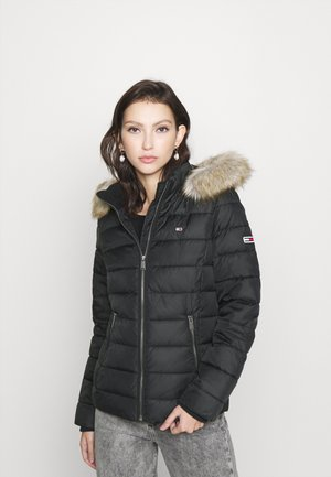 ESSENTIAL HOODED - Winterjacke - black