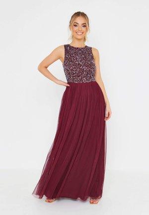 Společenské šaty - burgundy