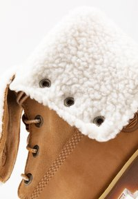 Timberland - 6 IN WP BOOT - Lace-up ankle boots - wheat