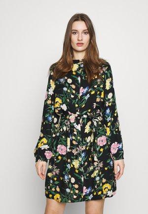 PCANASHA DRESS CAMP - Skjortekjole - black