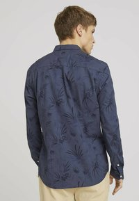 TOM TAILOR DENIM - Shirt - navy blue thistle print - 2