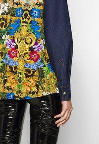 Versace Jeans Couture - LADY SHIRT - Button-down blouse - mult scuri - 4