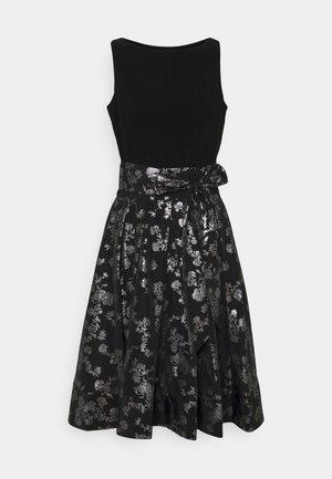 YUKO - Koktejlové šaty/ šaty na párty - black/silver