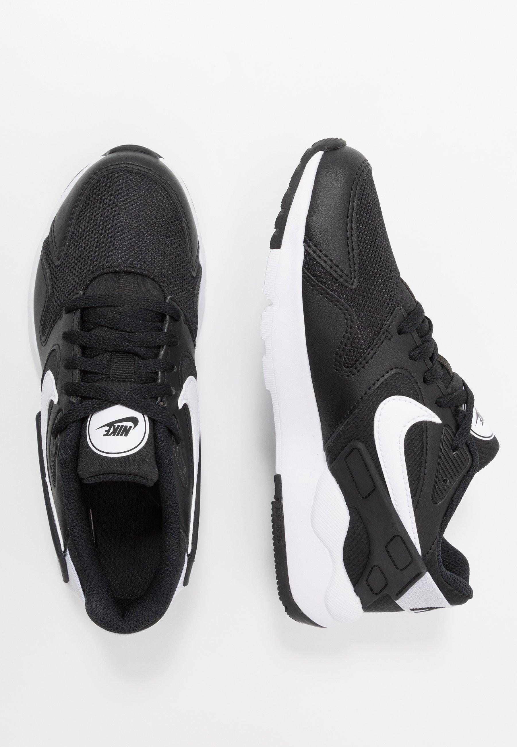 VICTORY Sneakers blackwhite