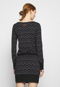 Ragwear - ALEXA ZIG ZAG - Denní šaty - black - 2