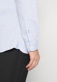 Selected Homme - SLHSLIMTEXAS - Shirt - light blue - 4