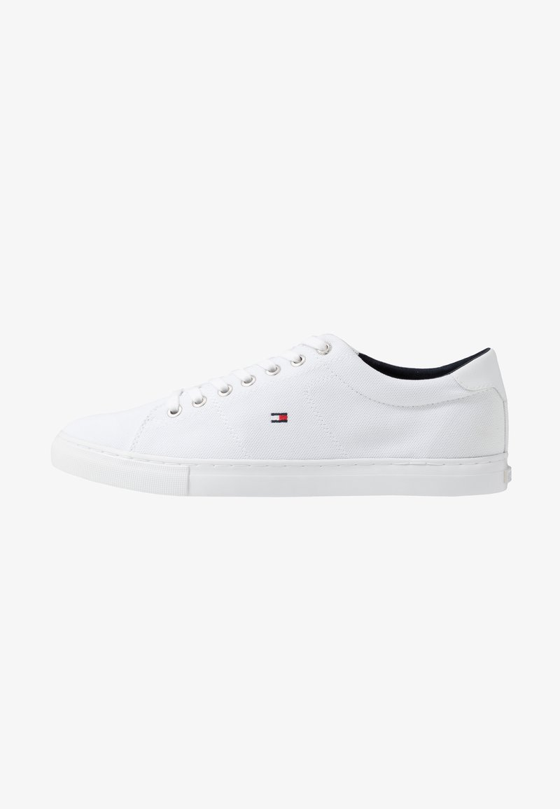 Tommy Hilfiger - SEASONAL - Sneakersy niskie - white