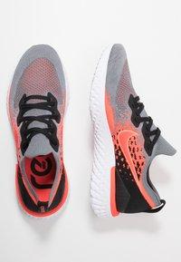 Nike Performance - EPIC REACT FLYKNIT  - Hardloopschoenen neutraal - cool grey/bright crimson/black/white - 1