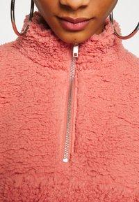 Topshop - BORG FUNNEL POCKET - Fleece jumper - pink - 5