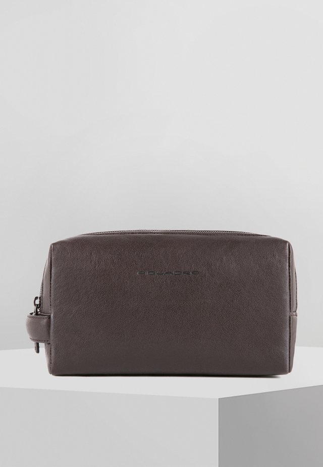 SQUARE 25 CM - Wash bag - dark brown