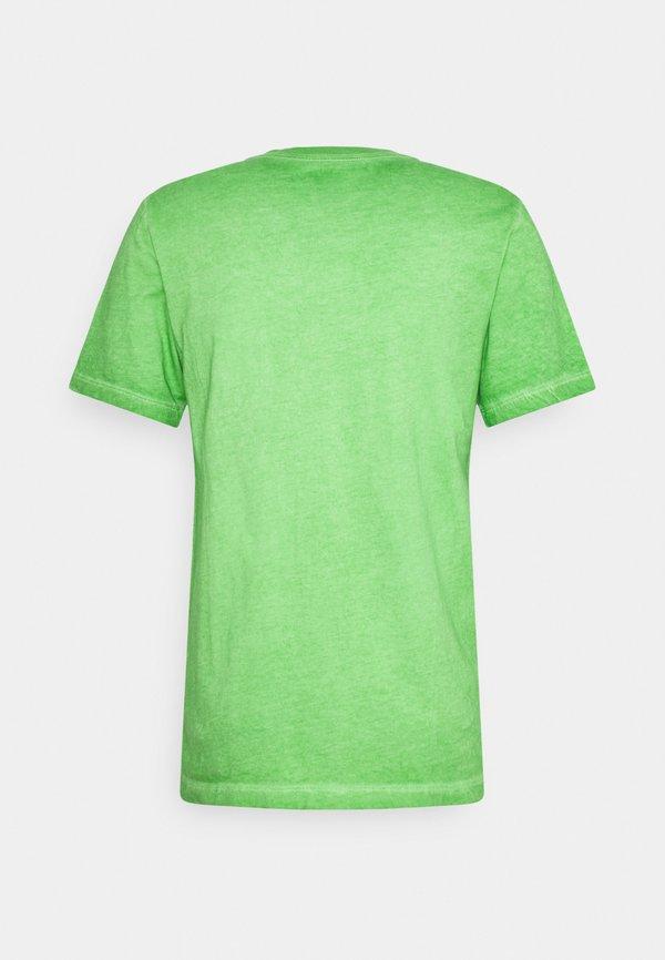 Nike Sportswear TEE LIKE DYE - T-shirt z nadrukiem - mean green/zielony Odzież Męska JWLP