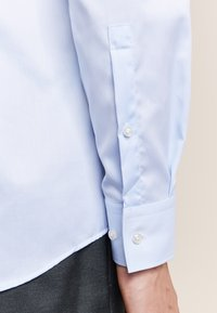 HUGO - C-JASON - Formal shirt - light blue - 4