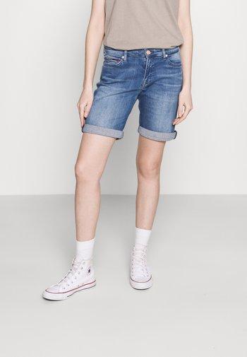 MID RISE  - Denim shorts - tess mid blue