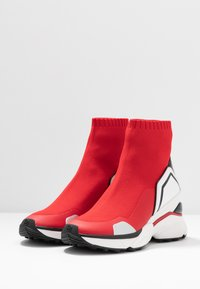 MICHAEL Michael Kors - High-top trainers - bright red - 4
