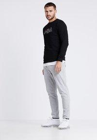 Fila - LIAM CREW - Sweatshirts - black - 1