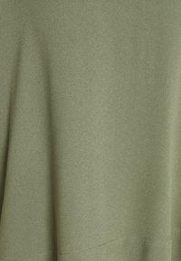 Bruuns Bazaar - HALAH NINI BLOUSE - Bluse - moss - 2