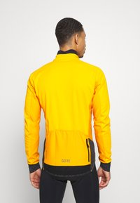 Gore Wear - INFINIUM™ THERMO - Trainingsjacke - bright orange - 2