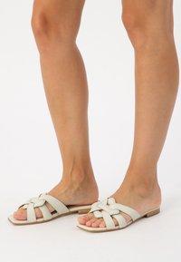 KUNOKA - SYLVIE - Slippers - white - 0