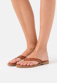 Tamaris - SLIDES - T-bar sandals - brandy - 0