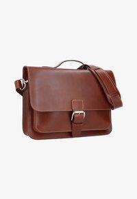 Gusti Leder - BJARNE R - Briefcase - walnut - 2