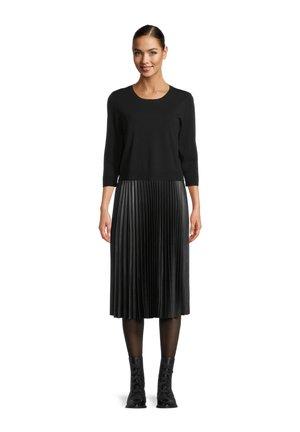 MIDIKLEID - Jersey dress - schwarz schwarz