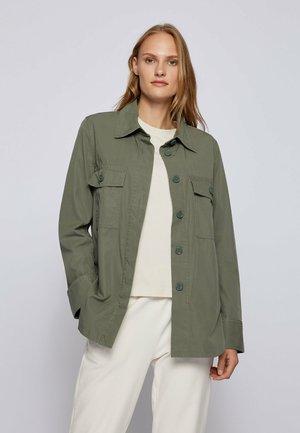 C BOHOXTON - Button-down blouse - dark green