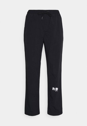 RRHAYDEN PANTS - Verryttelyhousut - black