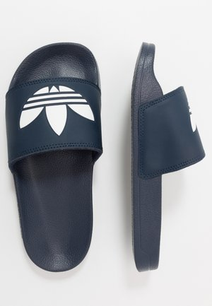 ADILETTE LITE - Matalakantaiset pistokkaat - core navy/footwear white