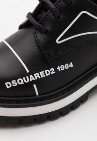Dsquared2 - UNISEX - Sportlicher Schnürer - black - 5