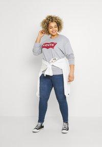 Levi's® Plus - MILE HIGH - Jeans Skinny Fit - blue denim - 1