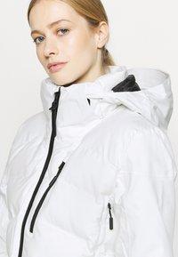 Superdry - MOTION PRO PUFFER - Veste de ski - white - 5