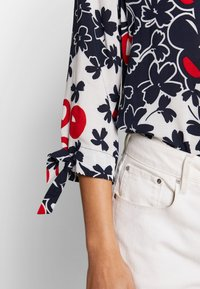 Barbara Lebek - Button-down blouse - navy/red/offwhite - 3
