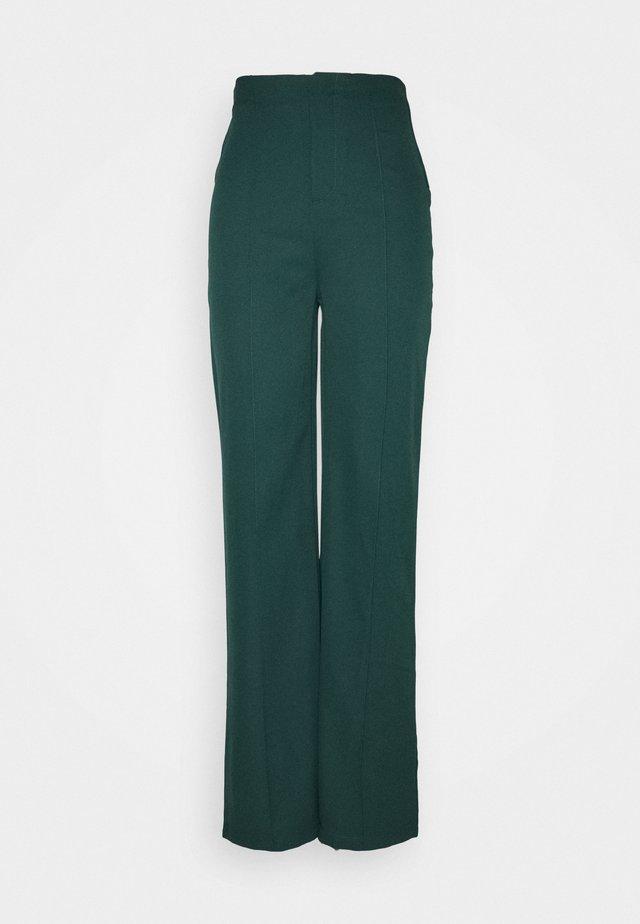 WIDE LEG TROUSER - Pantalon classique - green