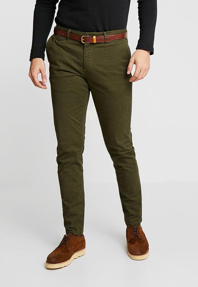 MOTT CLASSIC - Pantalones chinos - military