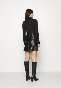 Anna Field - PU leather mini skirt - Minisukně - black - 2