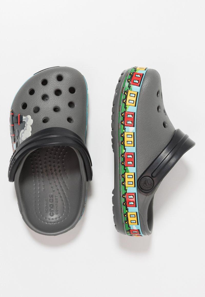 Crocs - TRAIN BAND CLOG RELAXED FIT - Pool slides - slate grey